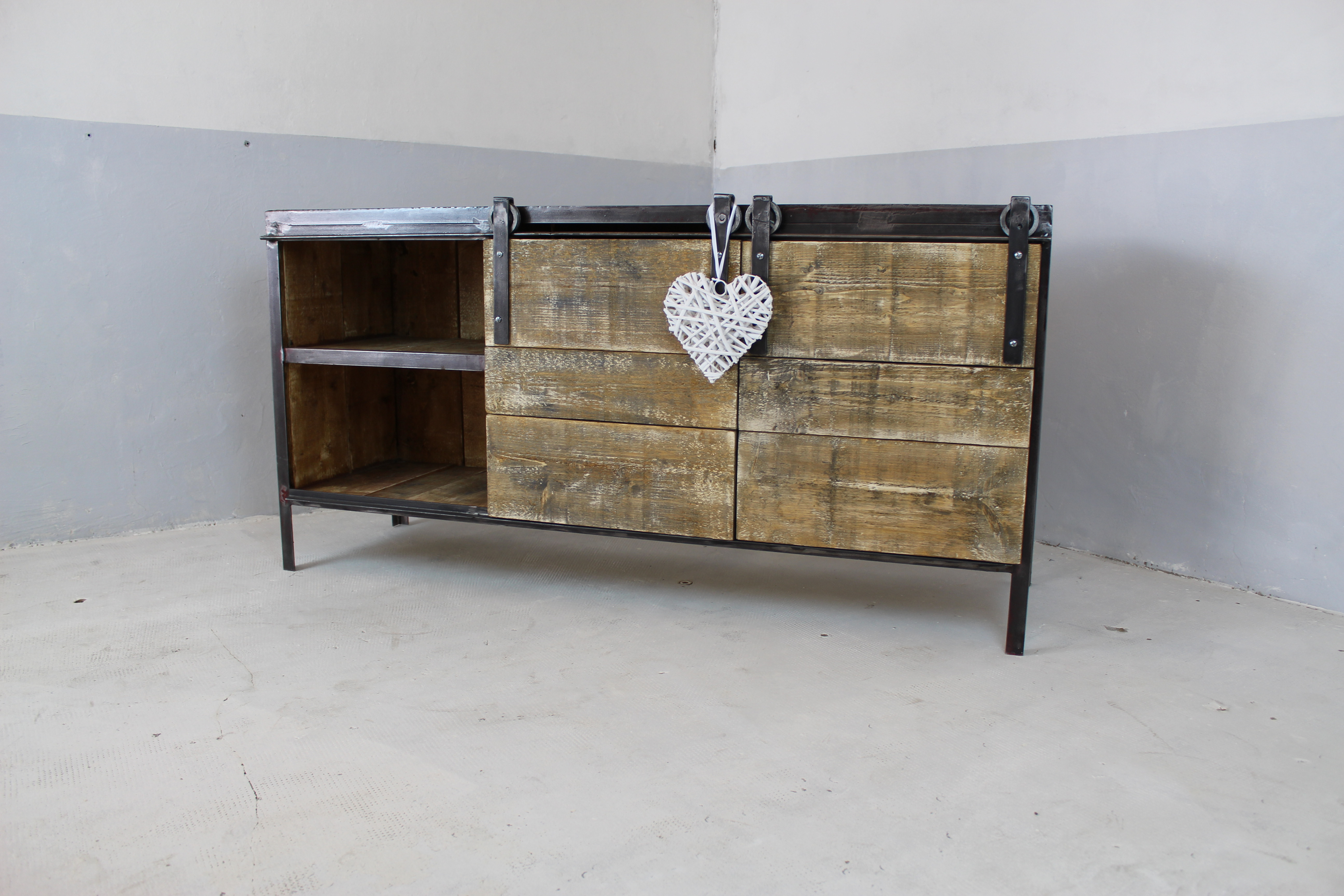 meuble buffet enfilade industriel loft industeel. Black Bedroom Furniture Sets. Home Design Ideas