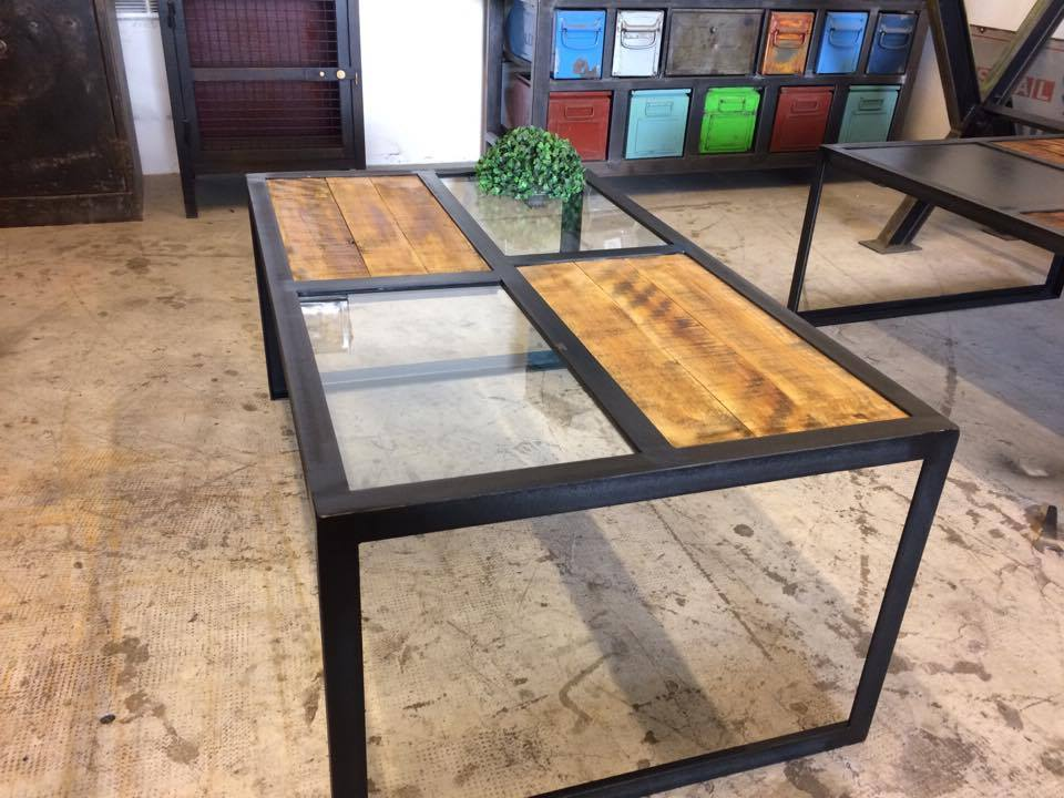 Table basse plateau verre loft industeel - Table basse plateau verre ...